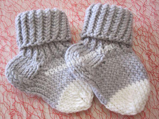 носочки для малышей спицами от 3 до 6 мес с описанием и фото