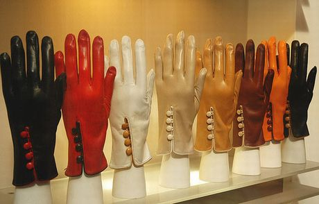 Картинки по запросу фото менять перчатки