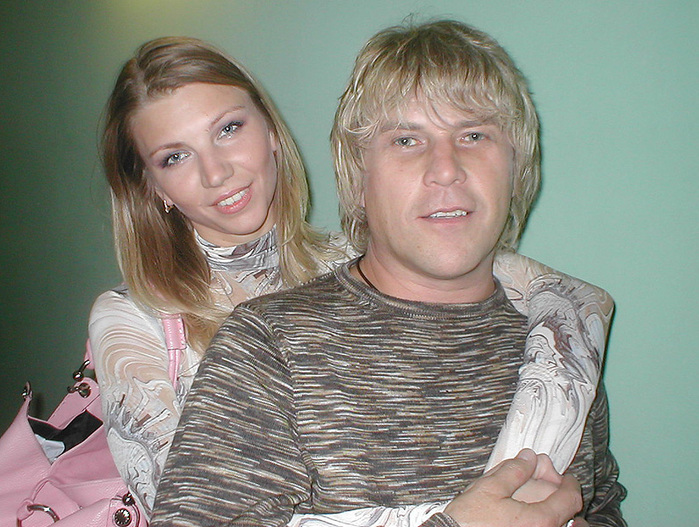 Картинки по запросу Алексея Глызина и жена сания