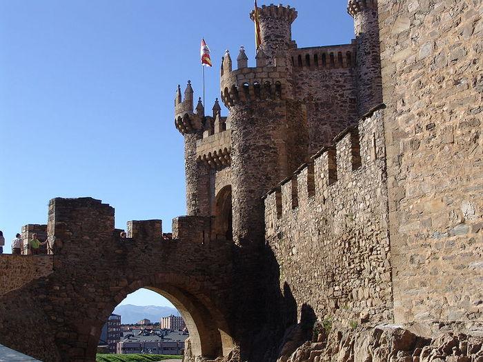 Понферрада (Castillo de Ponferrada) - Замок тамплиеров 45186