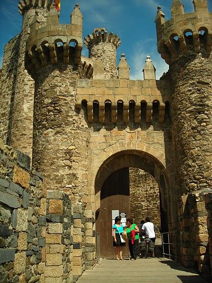 Понферрада (Castillo de Ponferrada) - Замок тамплиеров 58283