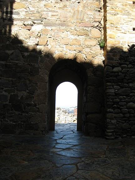 Понферрада (Castillo de Ponferrada) - Замок тамплиеров 77779