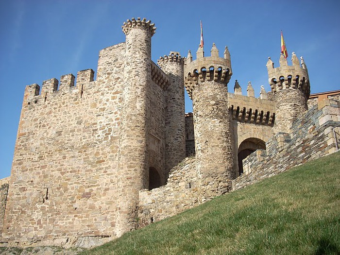 Понферрада (Castillo de Ponferrada) - Замок тамплиеров 72212