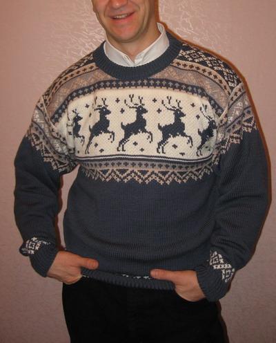 Модели с жаккардовым. мужской вязанный свитер с оленями схема.