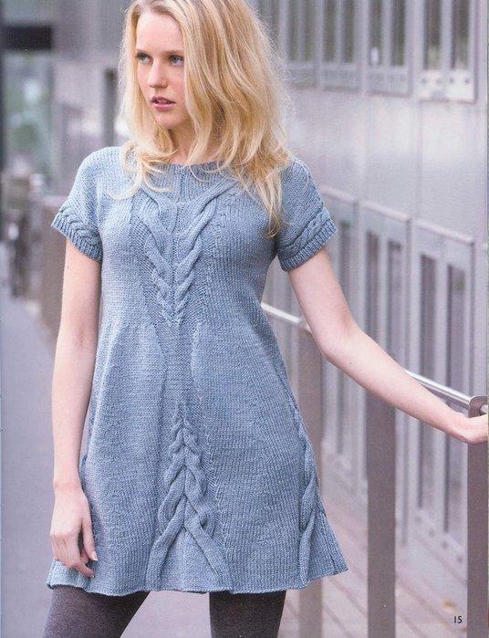 В этой статье: Как связать спицами приталенное платье - сарафан.