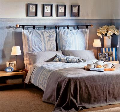 Попробуйте сшить элегантную, дизайнерскую подушку.  Такой подарок.