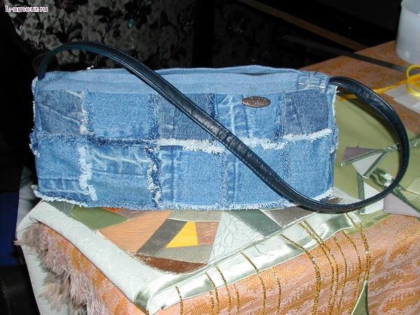 Можно из кожи.  Вязание из пакетов.  Сумки из старых джинсов.  Идеи.