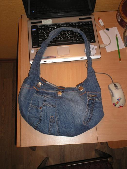 подскажите кто шьет на заказ сумки из джинс.
