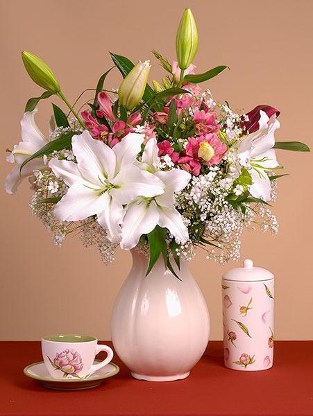 Открытка с лилиями доброе утро