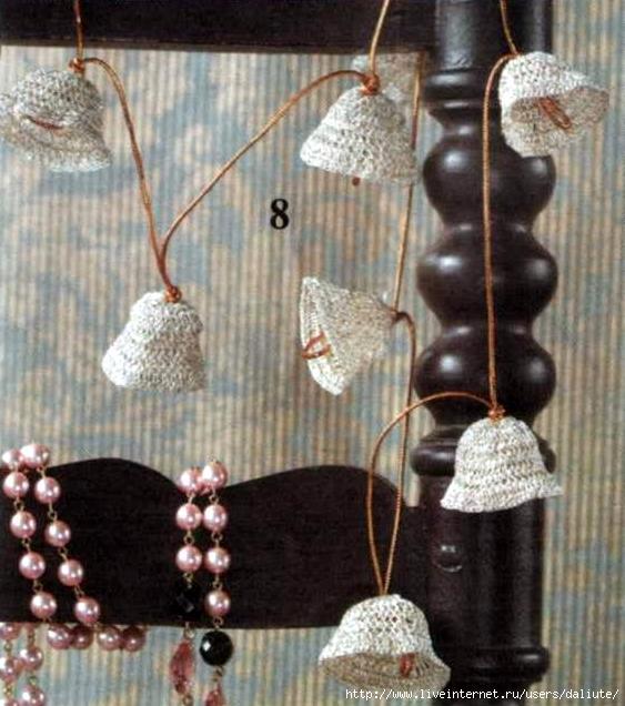 Вязаные колокольчики и схемы вязания к ним, узор свитер с оленями...