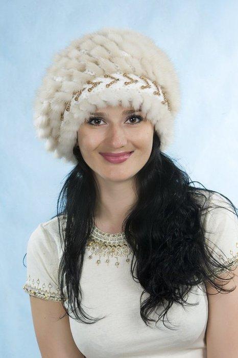 Просто нравится.  Вязание крючком/шапки, береты, шарфы, пончо. ссылка.