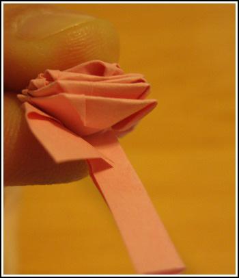 Как сделать розу из ленты вечерком - всС' о рукоделии - цветы из лент.