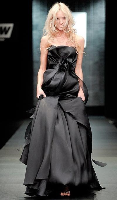 400 pxВысота. черные вечерние платья 2011 ФотоШирина.