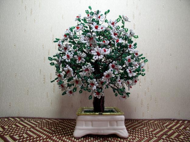 Цветы и деревья из бисера.  Схемы и мастер-классы - Мой Компас 19 июл.
