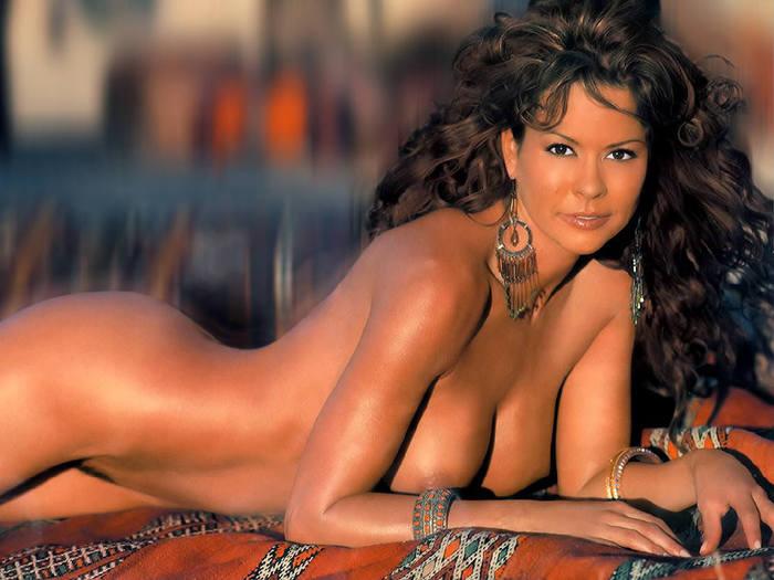 brooke-burke-topless-gif-chubby-ebony-girl-nude