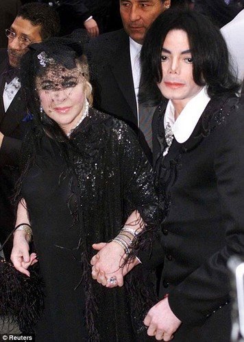 elizabeth_taylor_and_michael_jackson_73d675ae (356x500, 54Kb)
