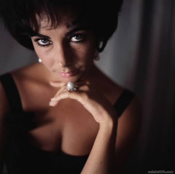 elizabeth_taylor_photo_46 (600x596, 19Kb)