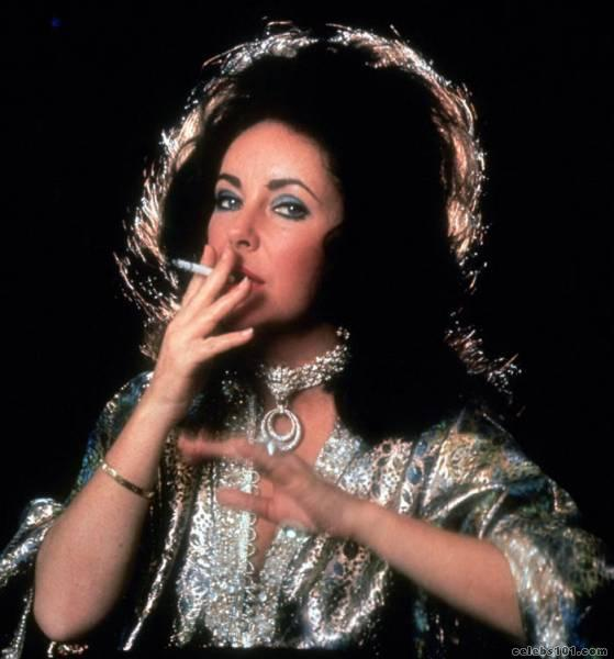elizabeth_taylor_photo_61 (559x600, 39Kb)