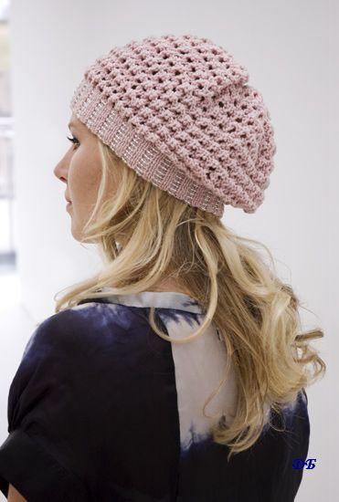 вяжем детям береты спицами с описанием. схема вязания модной шапочки.