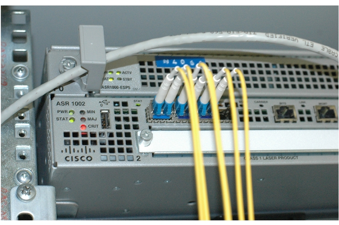 854603_cisco (700x465, 252Kb)