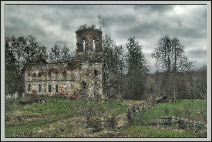 Деревенская церковь/3673959_DSCF6281 (700x468, 134Kb)