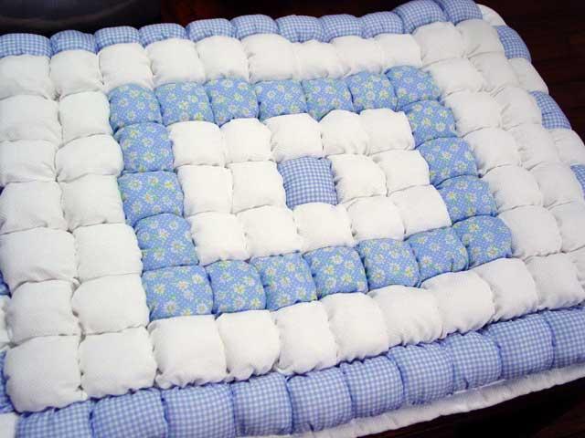 Как сшить детское одеялко или матрасик в коляску.