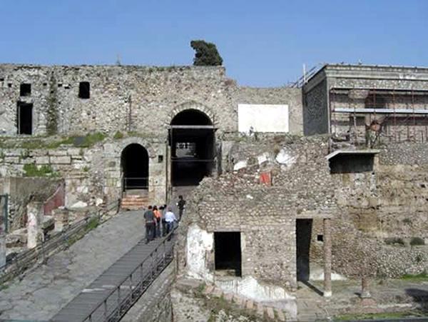 Морские ворота Помпей