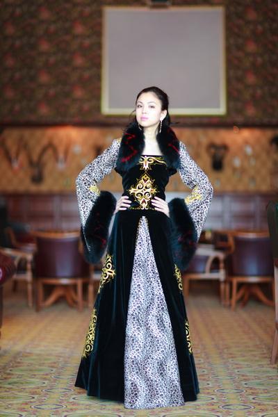 мысль натолкнуло платье в казахском национальном стиле фото грамоты великих князей