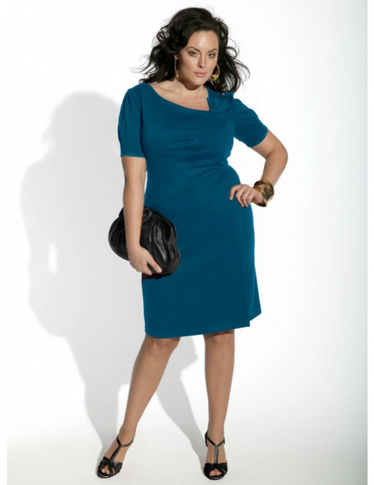 И еще немного фото платьев для полных девушек и женщин. мода для полных.