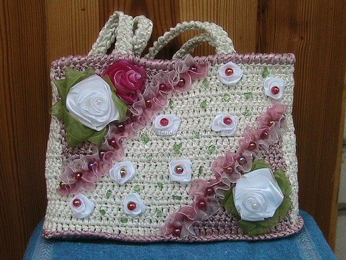 свой цитатник или сообщество! сумочки крючком с цветами.