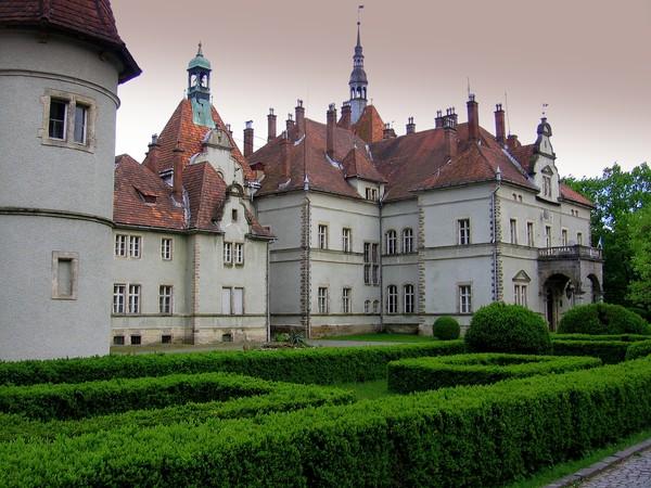 Картинки по запросу охотничий замок графа Шенборна