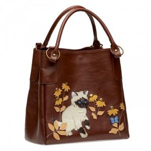 Особенно понравились мне сумки Итальянских дизайнеров и авторские ремни .