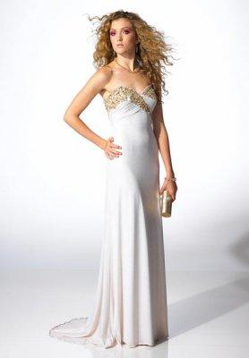 Вечерние белые платья (15 фото)