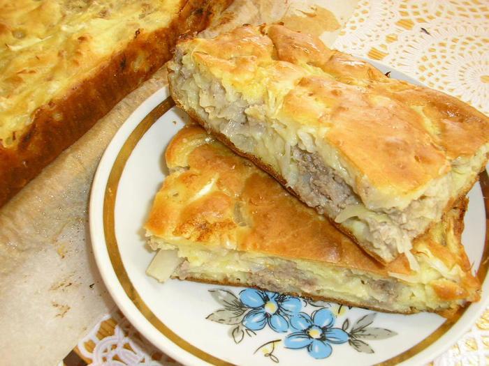 Заливной пирог с капустой и зеленым луком - рецепт пошаговый с фото