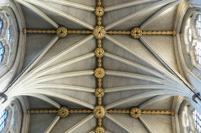 Vaulting in the Nave at Westminster Abbey. (700x465, 223Kb)