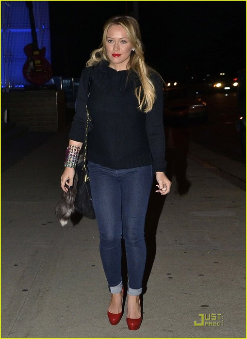 hilary-duff-date-night-mike-01 (509x700, 69Kb)