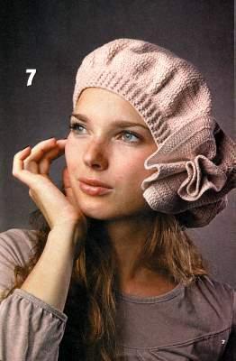 Шали, шарфы, шапки вязаные крючком.