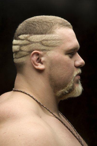 Варианты популярных стильных стрижек на короткие волосы для мужчин