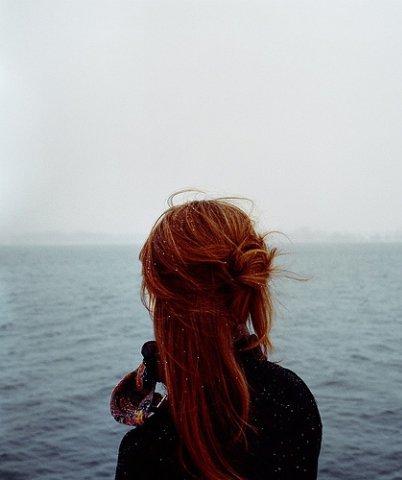 Девушки с рыжими волосами фото со спины