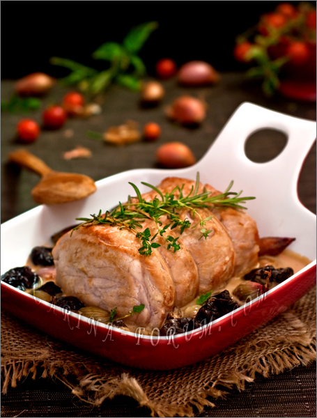 rabbit_with_plums (455x600, 256Kb)