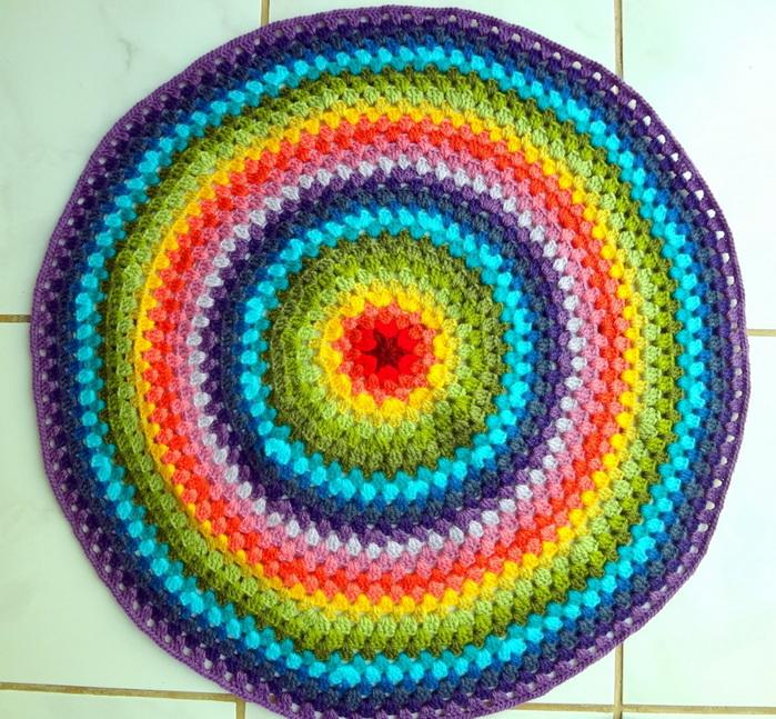 вязание ковриков крючком из старых вещей фото - Сумки