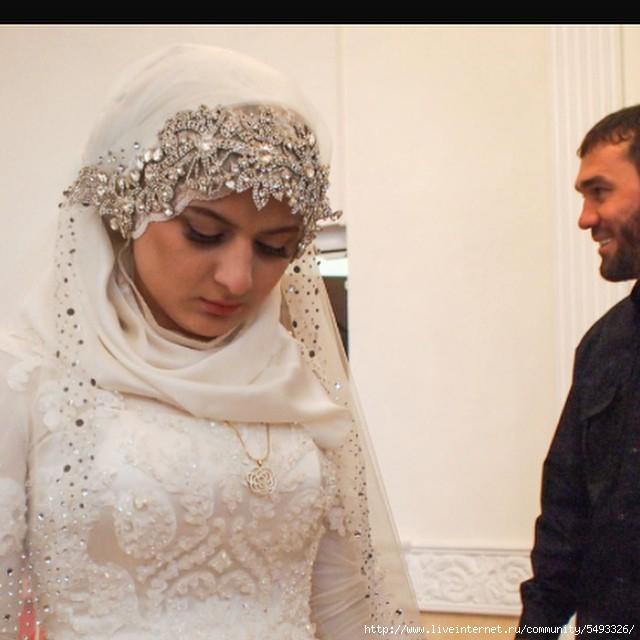 Чеченки секс до свадьбы похоть и честь