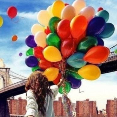фото с девушек с шарами