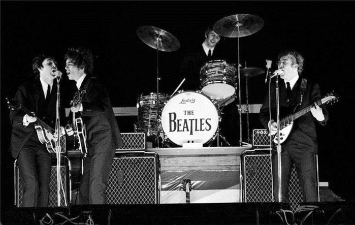1964The Beatles (700x443, 178Kb)