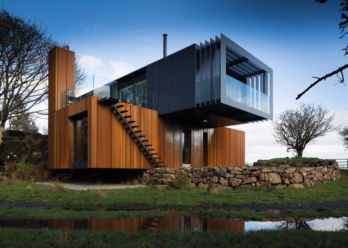 Стильный современный дом из морских контейнеров