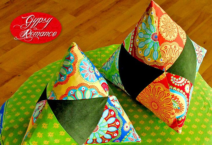 0800-GR-triangle_pillows-8 (700x480, 152Kb)