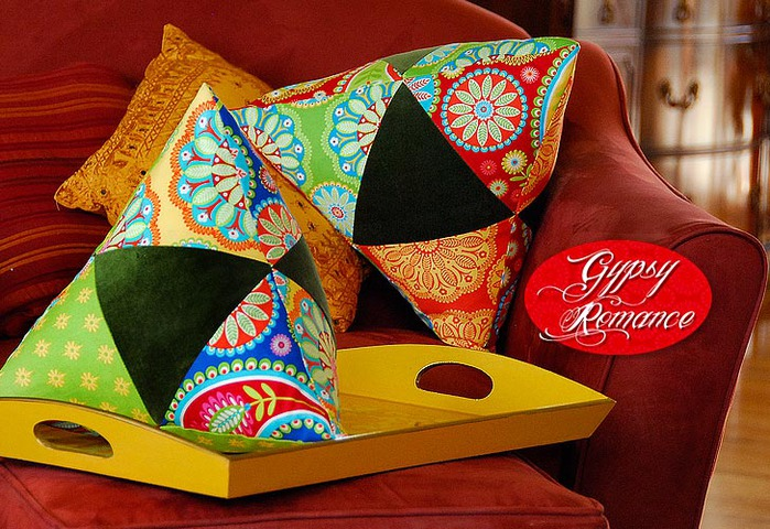 0800-GR-triangle_pillows-1 (700x480, 148Kb)