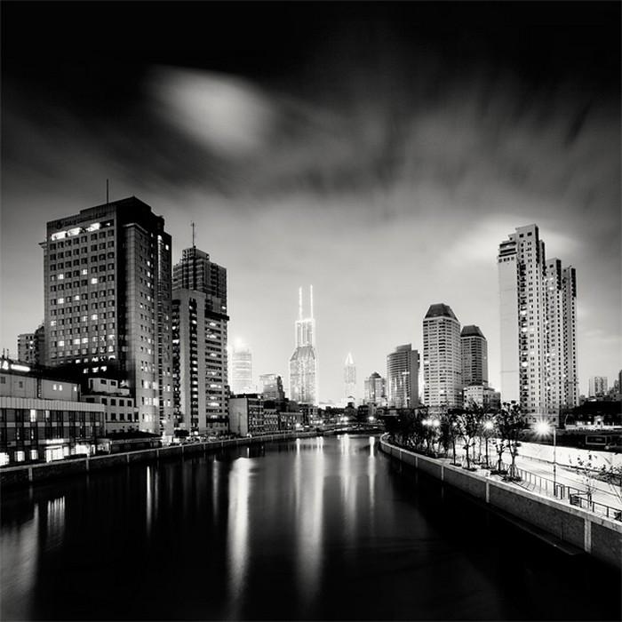 Москва пейзаж черно белое фото проще понимать