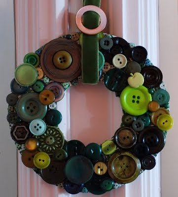 buttonwreath (361x400, 25Kb)
