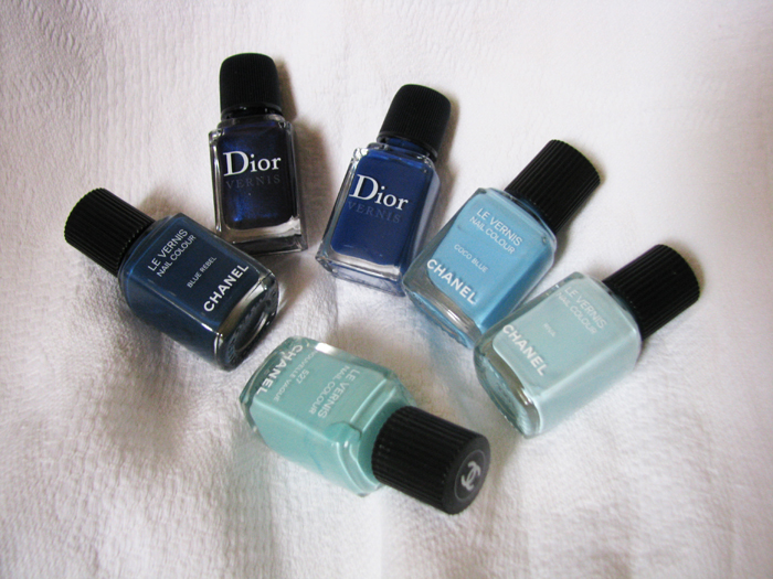 Chanel Blue Rebel, Dior Vernis 908 Tuxedo, Dior Vernis 607 Blue denim, Chanel Coco Blue, Chanel  Riva, Chanel 527 Nouve Vague/3388503_Chanel_Blue_Rebel_Dior_Vernis_908_Tuxedo_Dior_Vernis_607_Blue_denim_Chanel_Coco_Blue_Chanel__Riva_Chanel_527_Nouve_Vague (700x525, 346Kb)